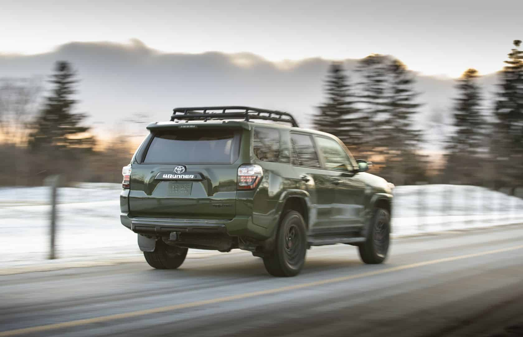 Derrière du Toyota 4Runner 2020 vert